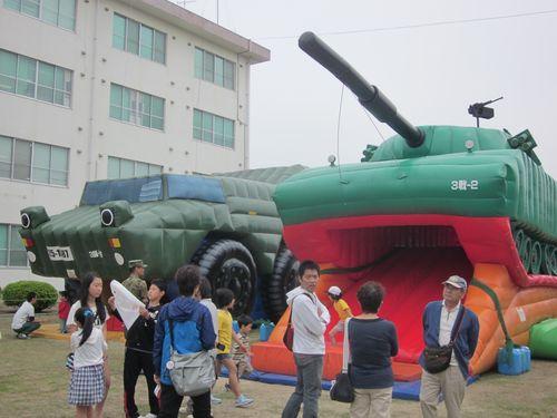 戦車バルーン